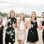 Junggesellinnenabschied mit einer Gruppe aus Freundinnen am Strandbad in Mannheim
